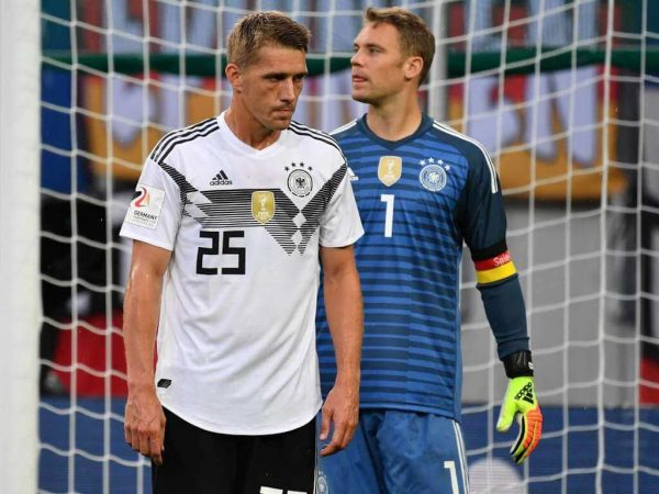Nils Petersen with Manuel Neuer for the German National Team - Soccer Academy to College Soccer